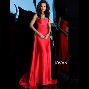 JOVANI Ruched Bodice Evening Dress